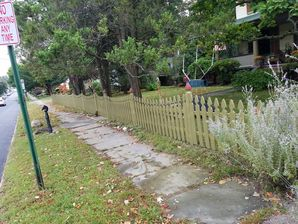 Before & After Fence Painting in Guttenberg, NJ (2)